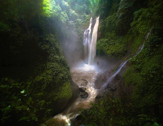 Водопадов Алинг-Алинг