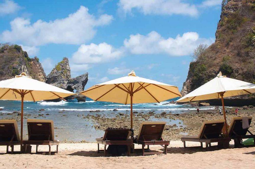 Пляж Atuh Beach
